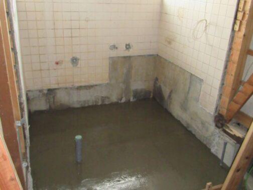 浴室リフォームの改修中画像
