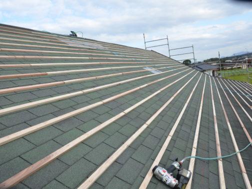 屋根瓦葺替工事の改修前画像